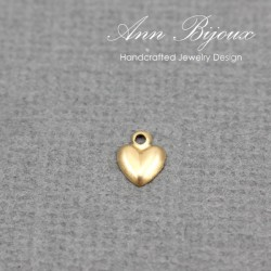 gold-filled-dainty-heart-charm