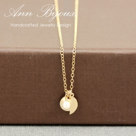 Personalized Dainty Initial with Leaf Necklace