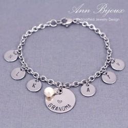 Personalized Grandma Family Charm Bracelet